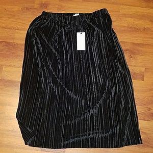 Loveriche,  Black Medi-Skirt, Knee Length Skirt